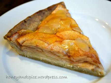 vegan apple tart slice